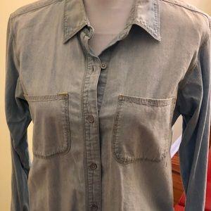 Madewell light denim button up shirt size S